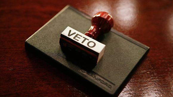 635654022330258486-veto