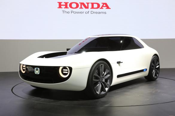 Honda-Sports-EV-concept-front-three-quarter-02