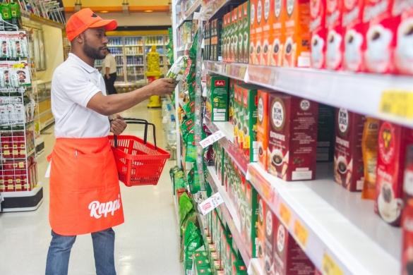 Personal Shoppers ficam em supermercados e comércios parceiros