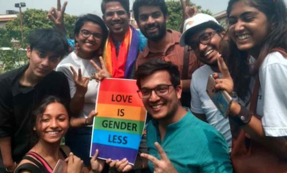 15 - DESCRIMINALIZES HOMOSEXUALITY