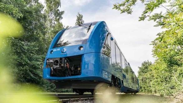 7 - FIRST HYDROGEN TRAIN