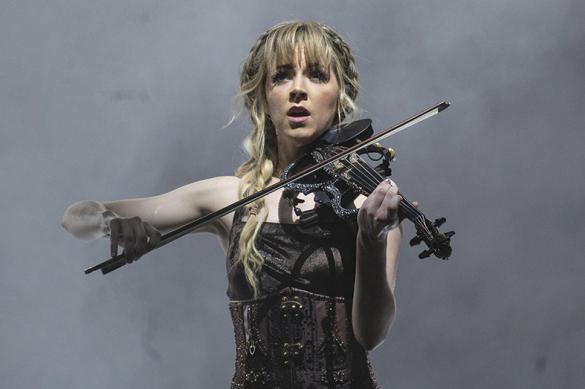 Tourauftakt von Lindsey Stirling in der Jahrhunderthalle Frankfurt Zum Auftakt ihrer Deutschlandtou