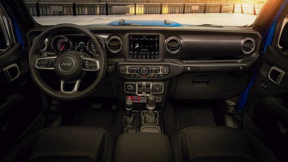 2021-jeep-wrangler-rubicon-392-interior-dash